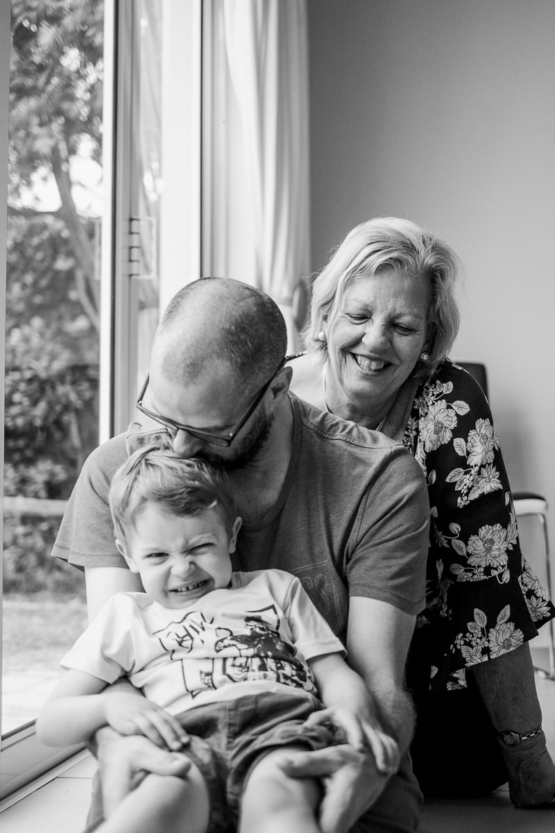 colleen-family-candid-photos-at-home-cape-town-photography-103